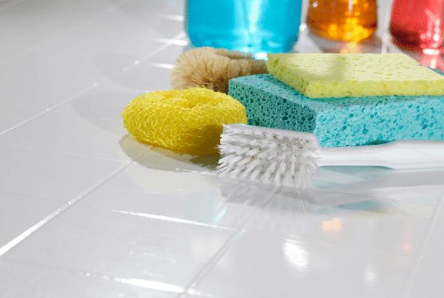 שירותי ניקיון, ניקיון אחרי שיפוץ, ציוד לניקיון הבית